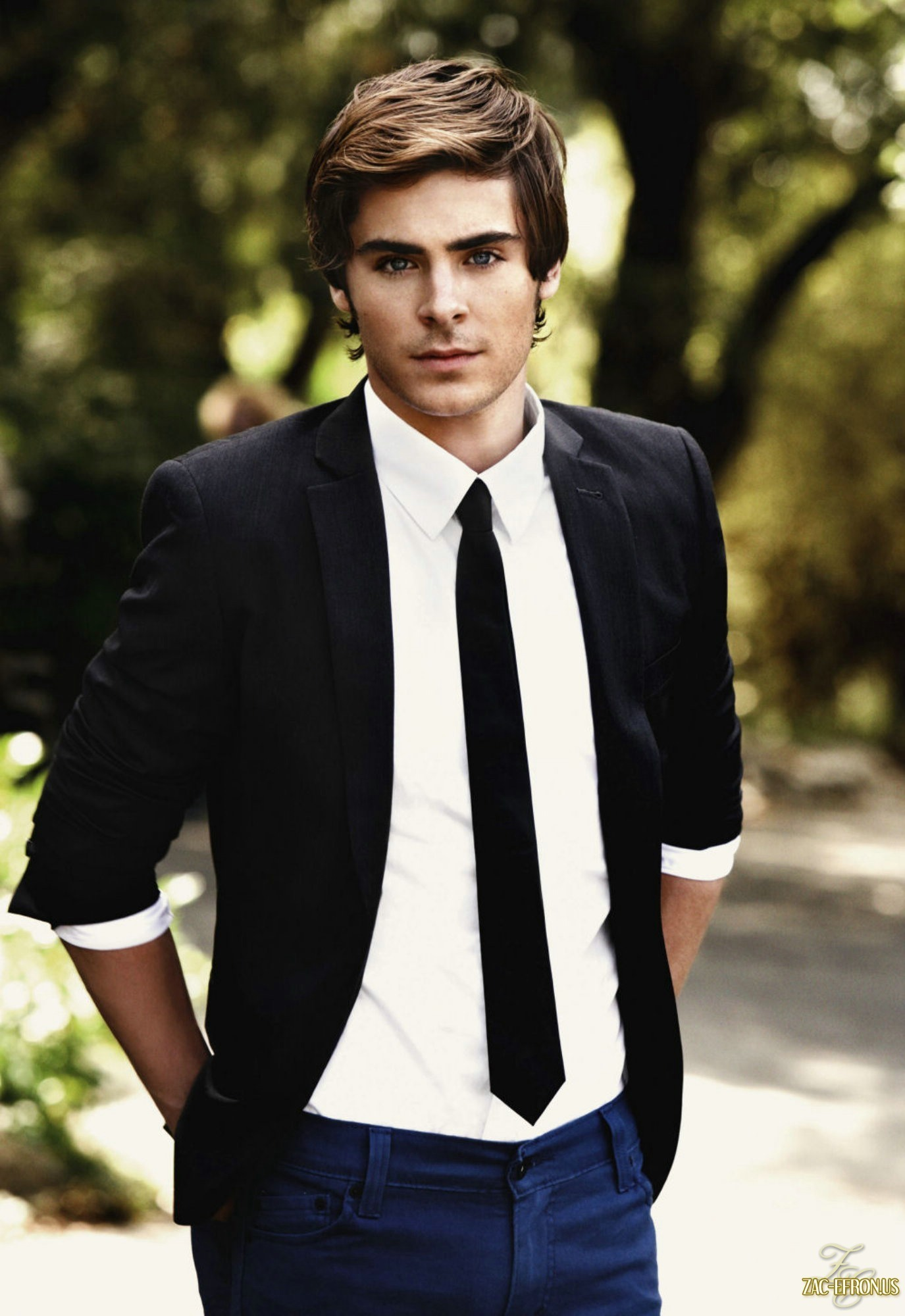 Zac Efron - Picture Gallery