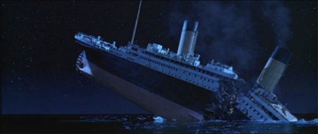 Titanic_breaks_in_half.jpg
