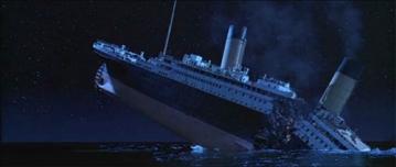Titanic_breaks_in_half.jpg
