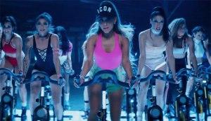 Ariana-Grande-Active-Wear2